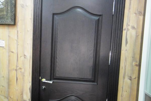 door-2D2537AAC-9B17-127B-6BB6-95D15E1A9A89.jpg